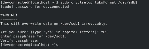 cryptsetup luksformat